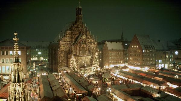 nuernberg-christkindlesmarkt-ckm1_300dpi-600.jpg